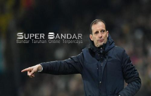 Juventus Raih Trophy Liga Champions