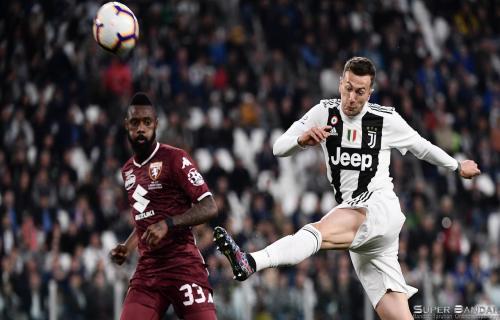 Federico Bernardeschi Tidak Permasalahan Jadi Penghangat Kursi Cadangan Juventus
